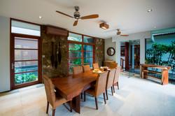 Villa M dining table 2