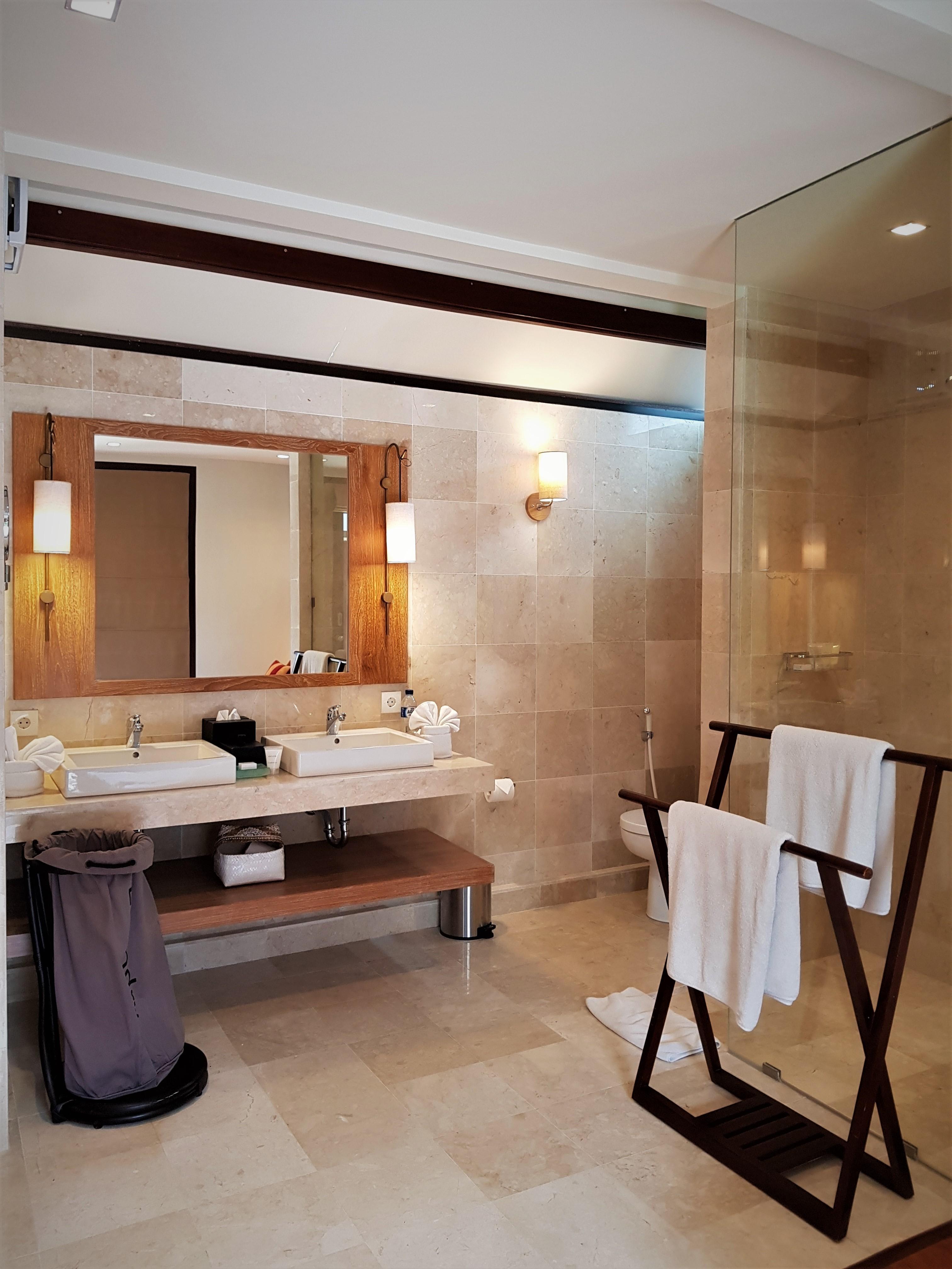 Bathroom-Studio room