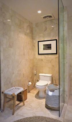 Room 1 Toilet