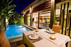 2 bdrm pool