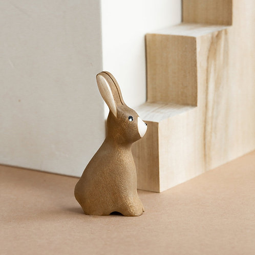 Izvetvey Wooden Bunny With Built-In Magnets