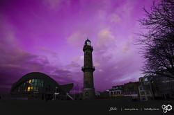 Warnemünde Leuchtturm im Lila Stunde