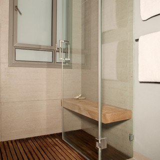מקלחון עם ספסל ישיבה