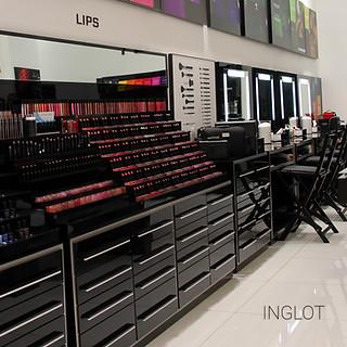 INGLOT - חנות המותג בדיזינגוף סנטר