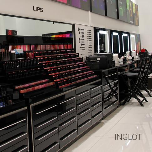 חנות המותג בדיזינגוף סנטר - INGLOT