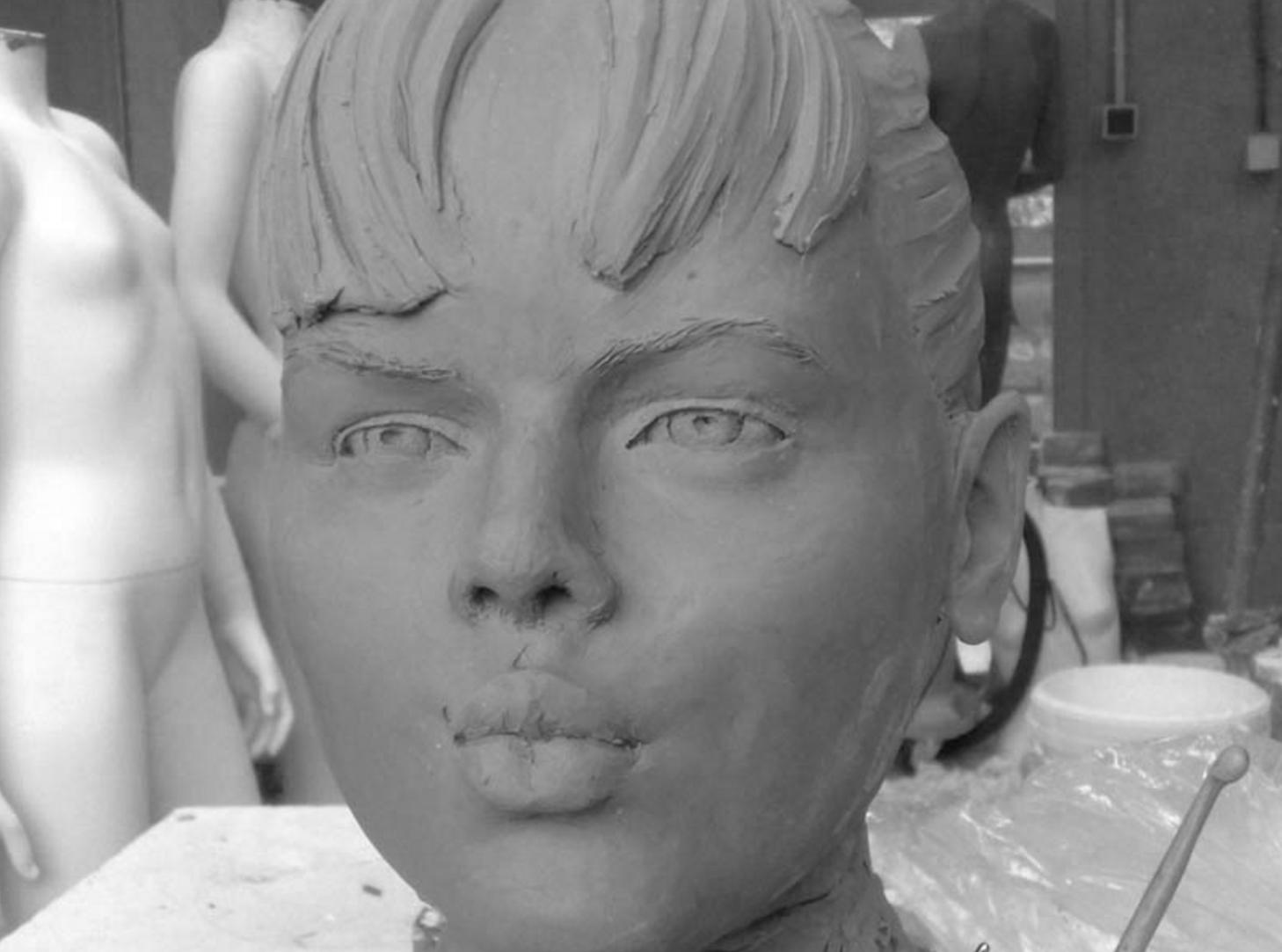 Jeune fille au bisou