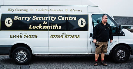 locksmith in barry