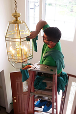 Foyer Chandelier Cleaning.png