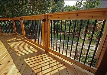 wood and aluminum deck railing.jpg