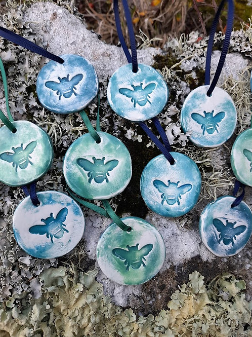 Scilly Bee pottery tags
