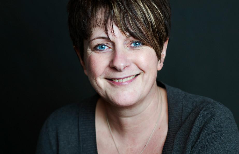 Alison Cooper-White-7908.jpg
