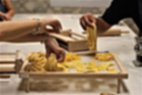 itlian-cooking-classes-in-rome-pasta-making-cass