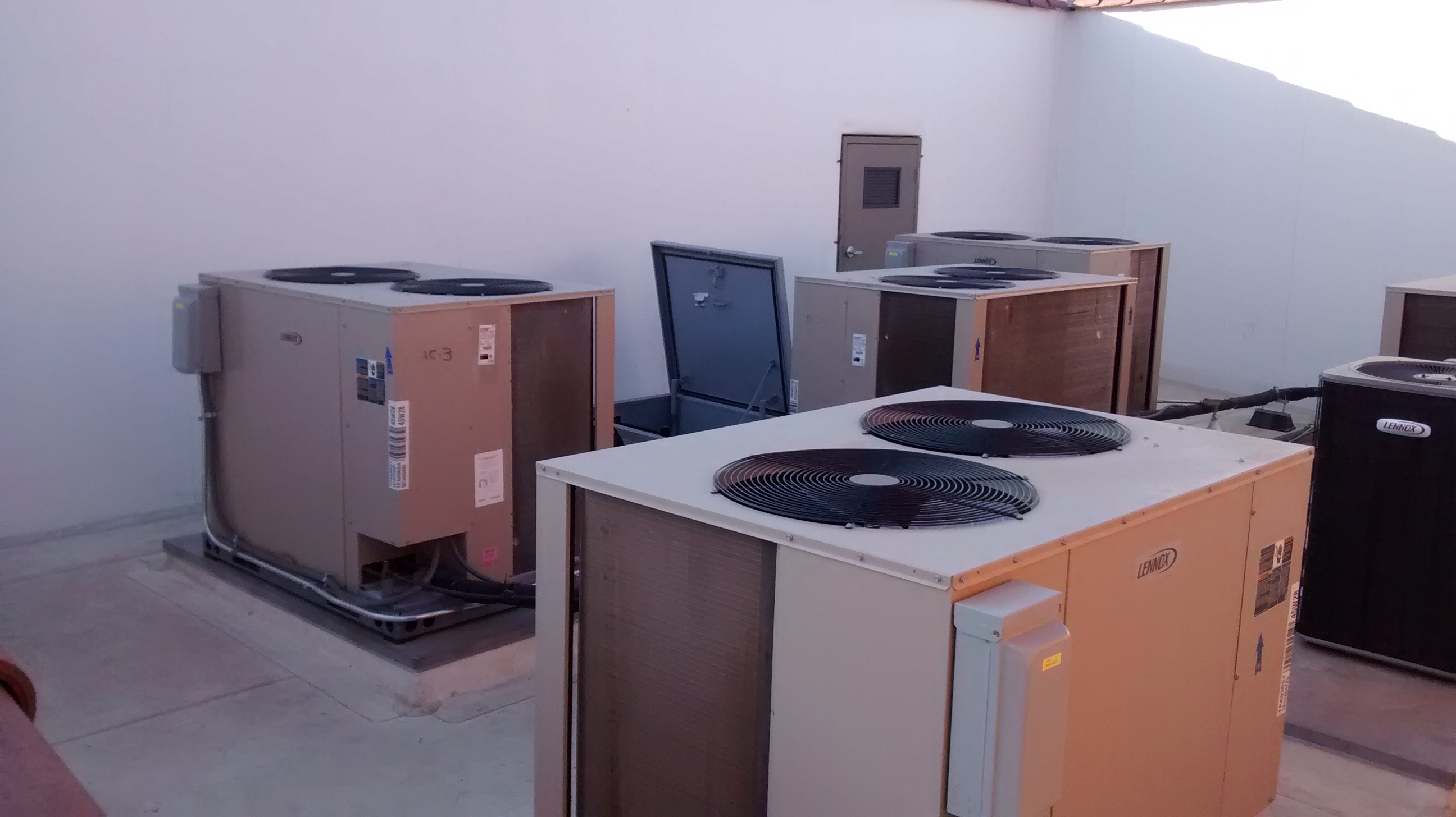 Roof Top Unit Air Conditioners 1.jpg