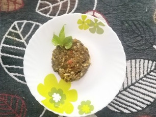 Fish-mint leaves chutney