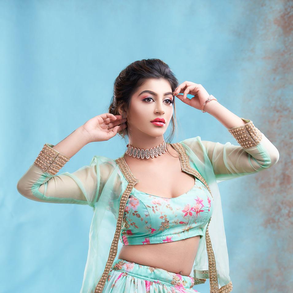 Yashika Anand photo shoot by R Prasanna venkatesh