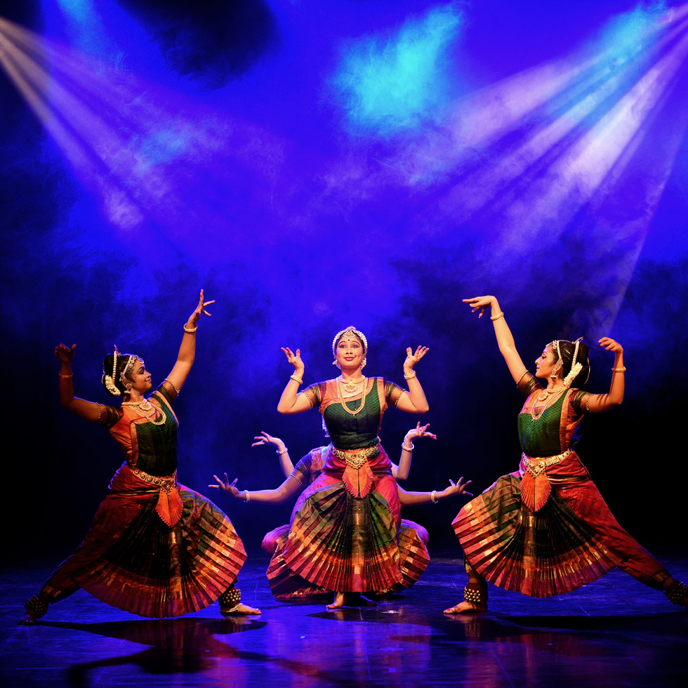 Dance performance photography by R Prasanna Venkatesh