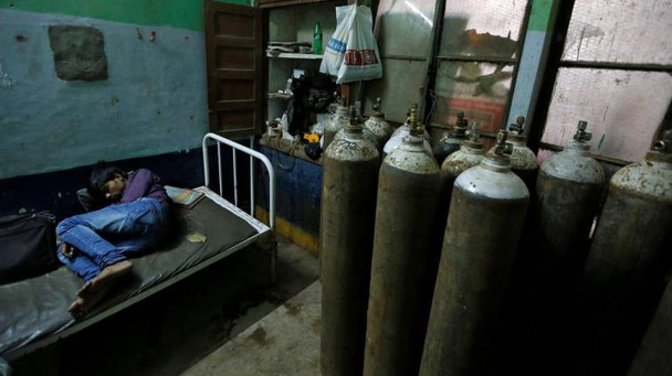 oxygen-cylinder-india-770x433.jpg