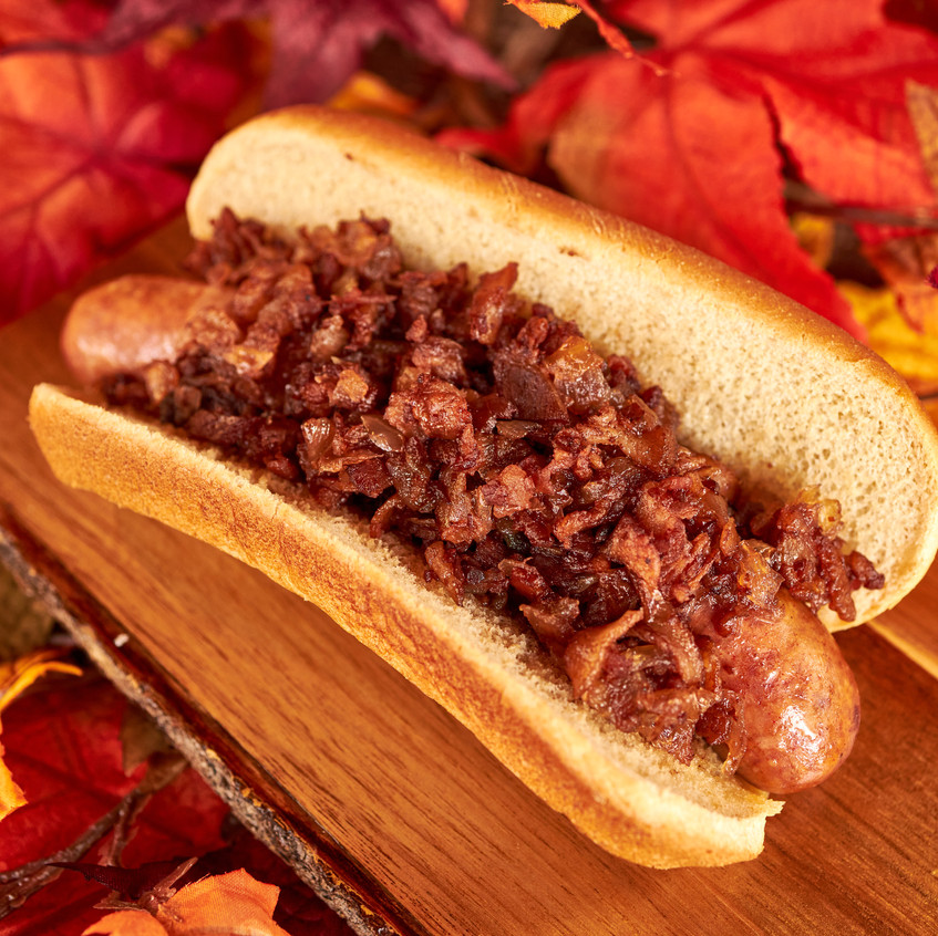 Spicy_sausage_with_a_Bacon_Onion_Jam_on_