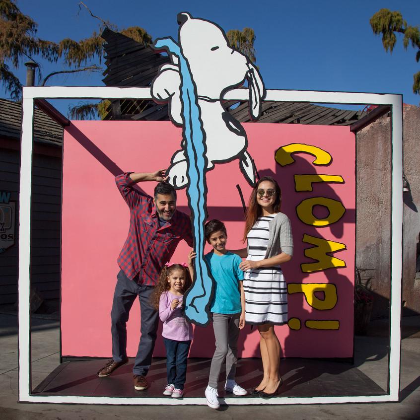 PEANUTS Celebration - Family Photo Opp