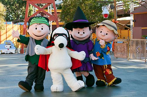 peanuts-spooky-farm-costume-cta