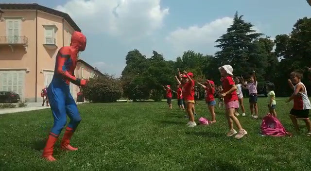 Video con i super eroi