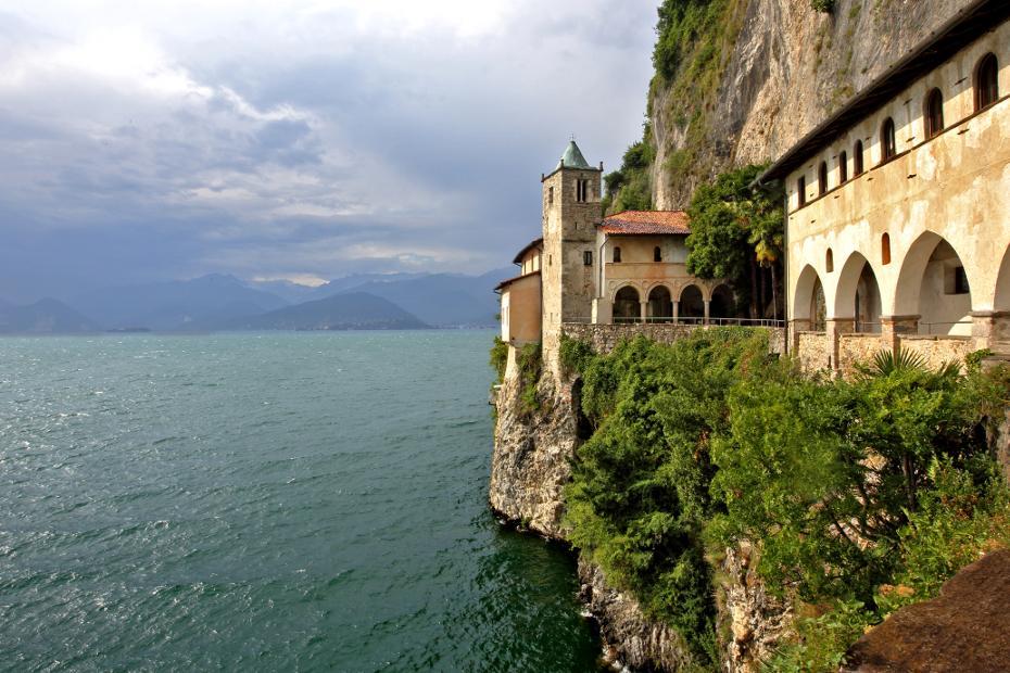 Varese, Leggiuno. Lago Maggiore