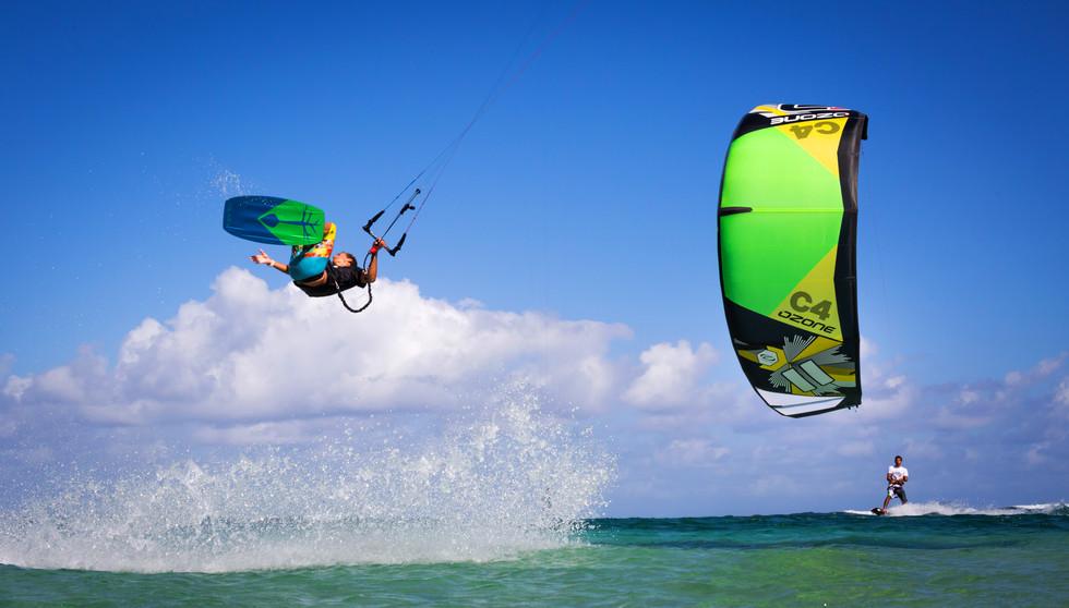 kitesurf2.jpg