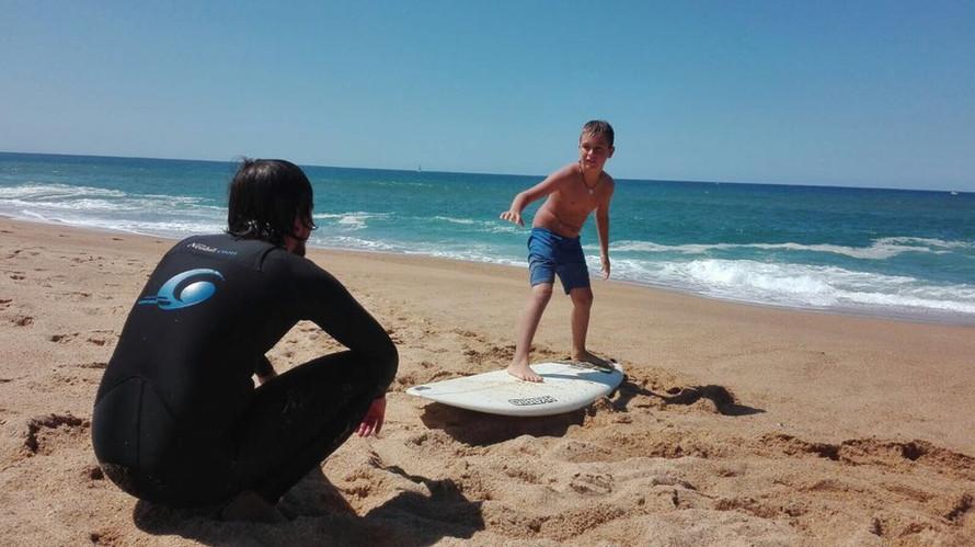 Colonias de Surf by Dolmen Adventures (1).jpeg