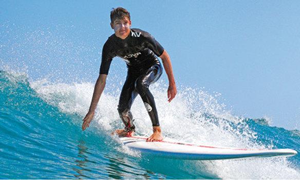 Alquiler de Surf en Castelldefels con traslado hasta el spot
