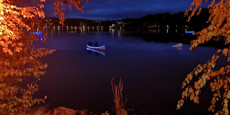 - - Kuutamomelonta - -  Moonlight paddling