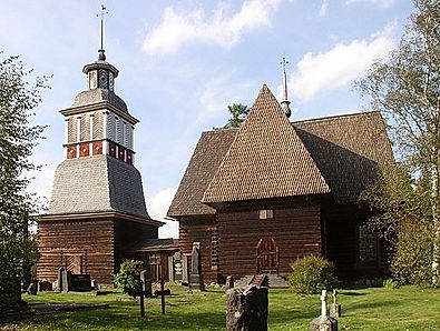 Petäjävesi_Old_Church_from_south.JPG