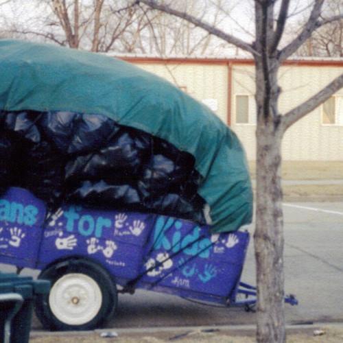 cans little trailer early.jpg