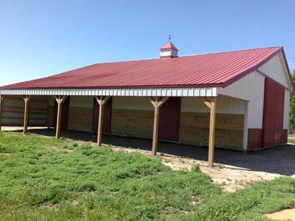 Bellamy Horse Barn