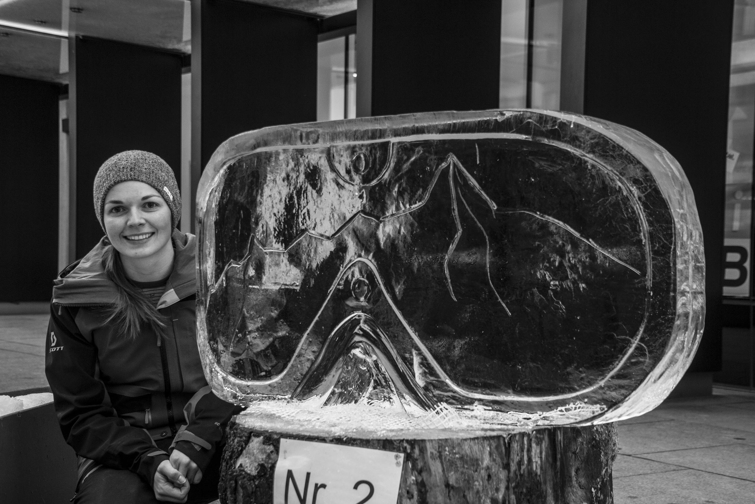 Eisschnitzwettbewerb von Art on Snow