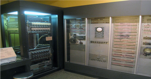 old vacuum tube based computer occupying an entire room