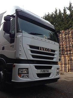 Pallet deliveries in Northamptonshire, Corby, Rutland, Leicestershire, Huntingdon, Leicester, Rugby. We are perfectly situated to serice your business