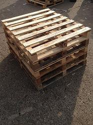 Standard pallets, corby
