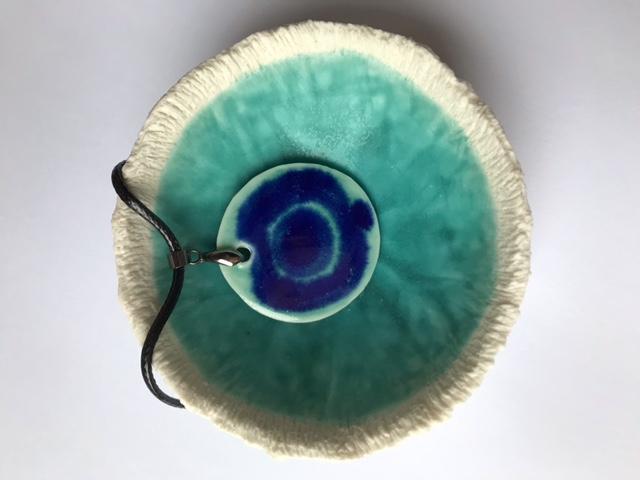 Porcelain bowl & pendant set
