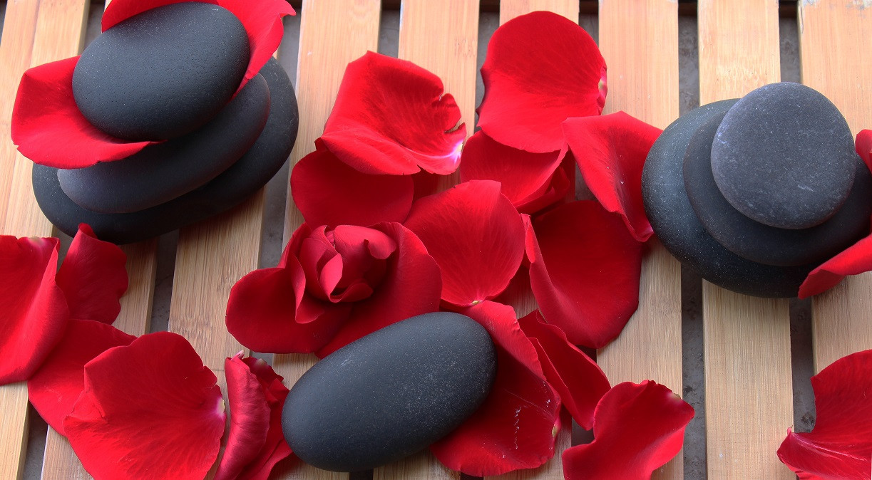Rose Stone Massage_Spa Promo