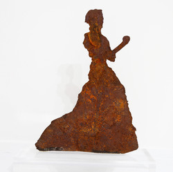 The Iron Lady 2020 rusted iron 39x32x10