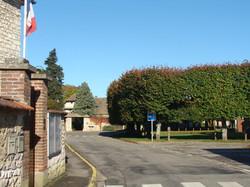 La place du village vue de la Mairie
