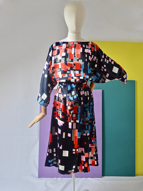 Navy geometric print dress