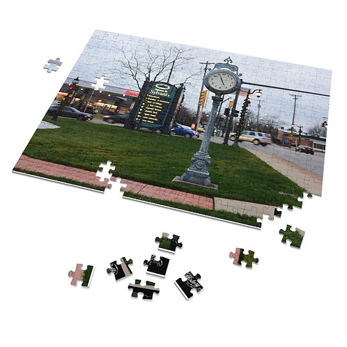 Downtown Sylvania Christmas 252 Piece Puzzle