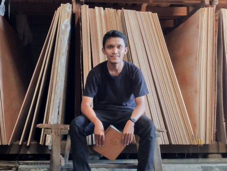 This Indonesian Entrepreneur Crafted a Wooden Book That Leads Him to Success