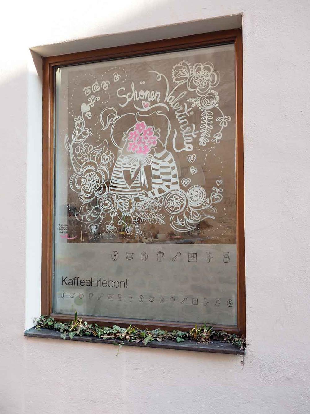 Temporäre SchaufensterGestaltung in der KaffeeRösterei Maaßen