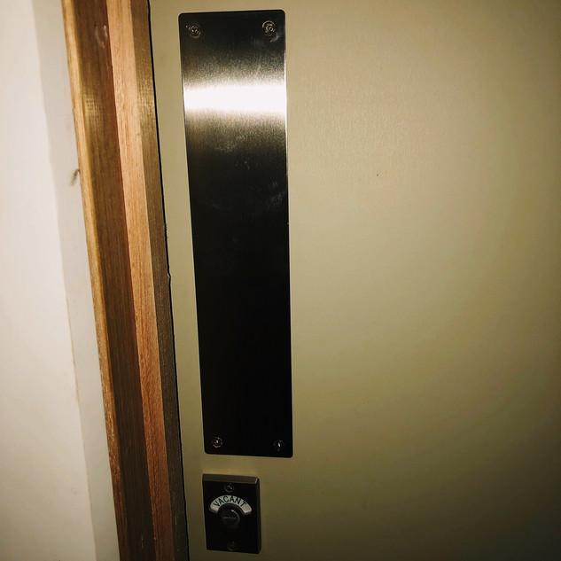 toiletindicatorboltJPG