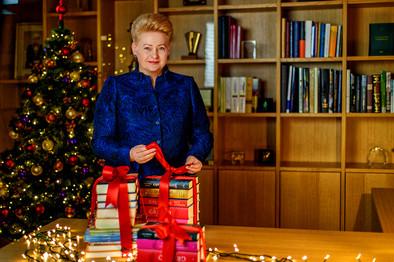 """Prezidentė Dalia Grybauskaitė kviečia visus į dešimtąsias """"Knygų Kalėdas"""""""