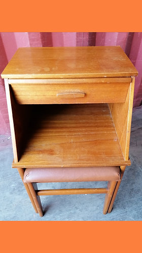 Chippy Heath telephone table