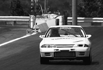 ドラッグレースR32GTR.jpg