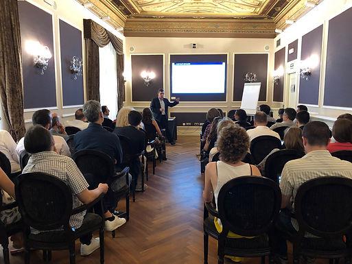 Formación Acceso Comercial desde la gestión y dirección sanitaria (Public Affairs y Responsables Marketing).